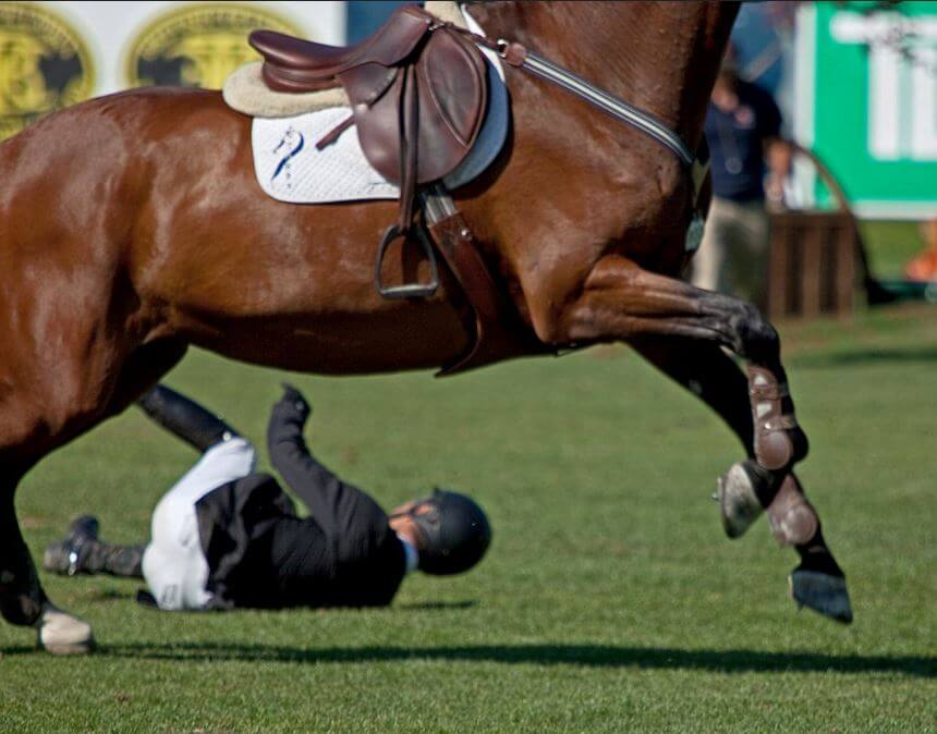 Komik At Kazaları - Attan Düşenler 7